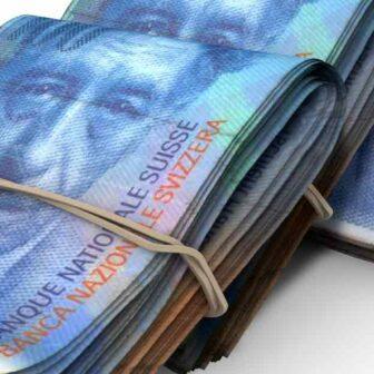 liasses de billets francs suisse